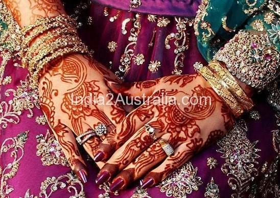 matching mehndi designs for bridal dress