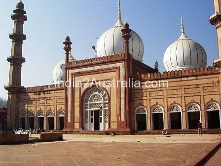 5 most famous Mosques in India