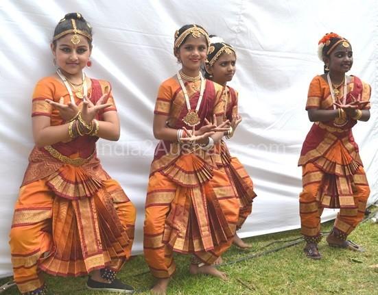 Indian Classical Dancers - Children 's program