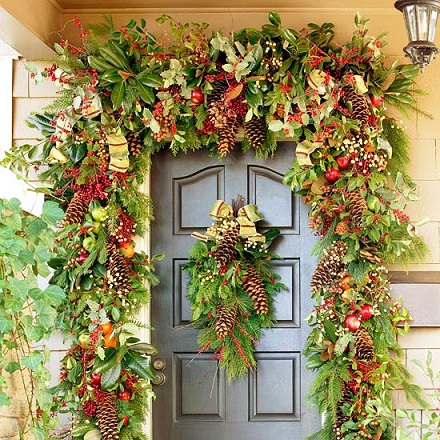 front door christmas decoration 2