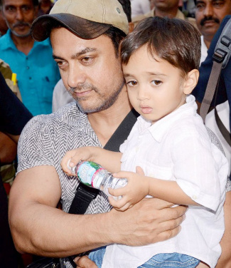 Amir Khan with son Azad Rao Khan