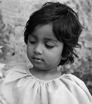 shreya childhood1
