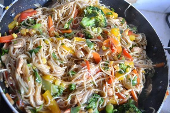 Chicken -Vegetarian Noodles
