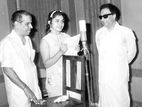 jaya-lalitha-with-mgr
