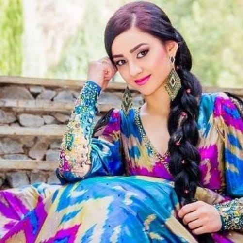 Famous Foreign Singers Who Sing Bollywood Songs Better Than Indians This list of hindi songs is updated every day with brand new hindi songs of 2020, this ensures that we maintain the quality of songs here. indian events movies australian