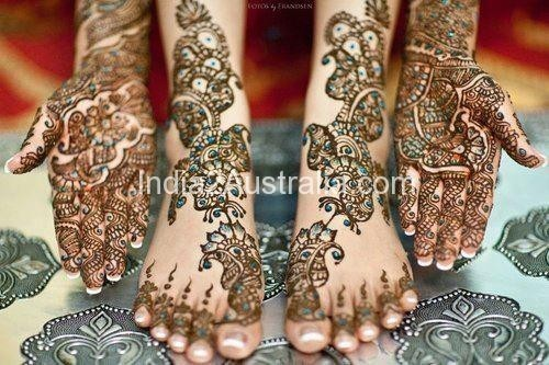 mehndi designs with other colours