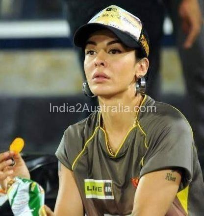 Ayesha Dhawan