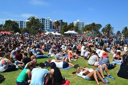 The Crowd St Kilda Festival