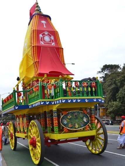 st kilda festival chariot