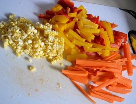 Cut Vegetables for Chicken-veg Noodles