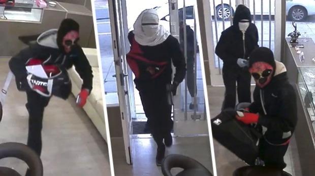 Dev Jewellers robbed