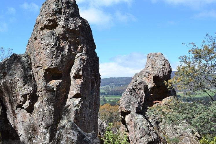 hanging-rock2